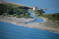 La torre nei pressi del lago di Buriano