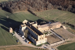 abbazia-s-galgano-medioevo-spada-roccia-aerea-00006-1